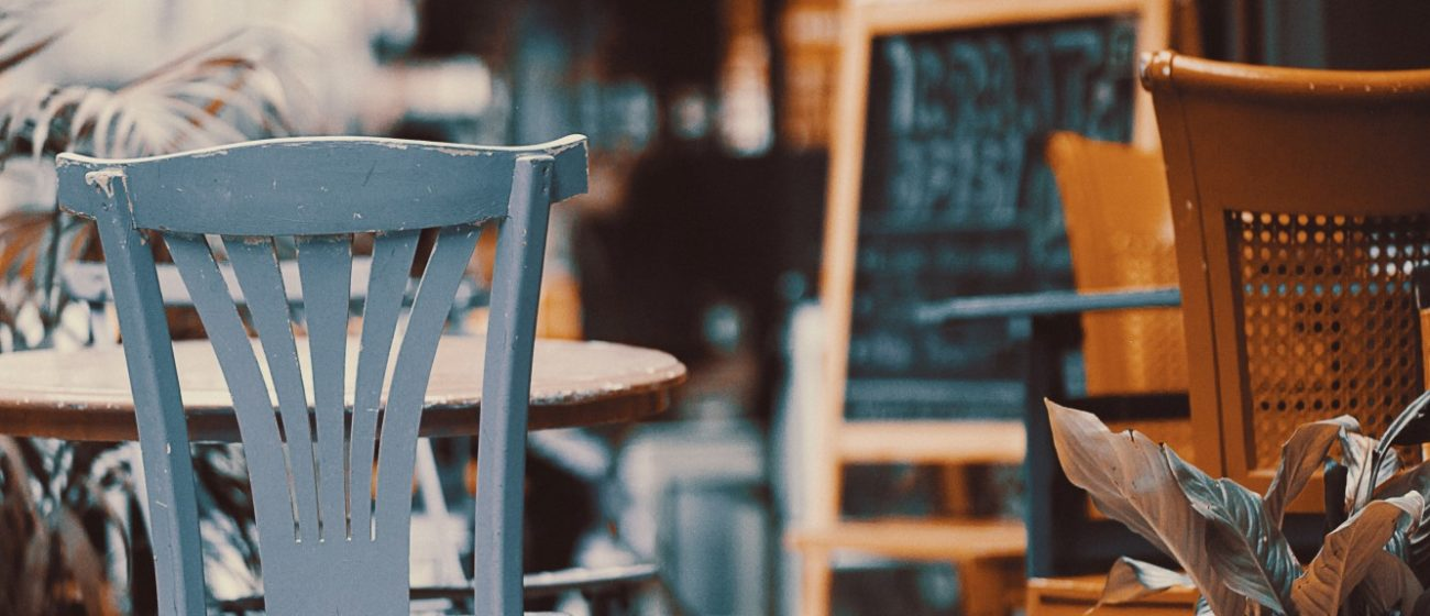 Cafe Chairs: Types, Designs, Styles, and More
