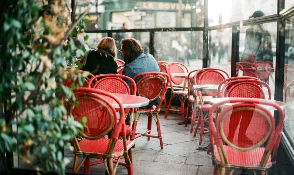 Outdoor Cafe Furniture: The Essential Furnishings for Sidewalk Cafes